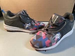 HEELYS Velocity Gray/Pink Lace Up Shoes, Size 8 Women 9 Used.