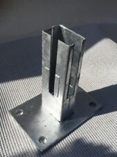 Bodenplatte für  Zaunpfosten 60 x 40mm  verzinkt  Doppelstabmatte