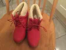 SUPER MODE RED LEATHER WEDGED HEELED BOOTS SIZE 3