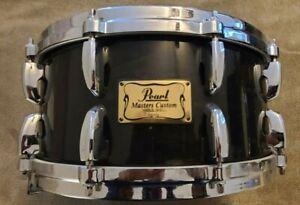 PEARL MASTERS CUSTOM MAPLE 6.5X14 Snare Drum - Black Silk Lacquer