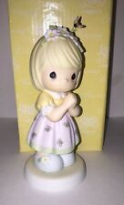 """Precious Moments Figure """"I'M A Bee-Liever"""" 928534 Girl Bee Flower 2001 `"""