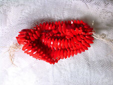 Vintage HANK TOMATO RED GLASS NAVETTE DIAMOND CUT NAIL HEAD 12mm BEADS #050309v