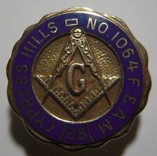 Cypress Hills Masonic Lodge No 1064 10K Gold 25 Year Pin