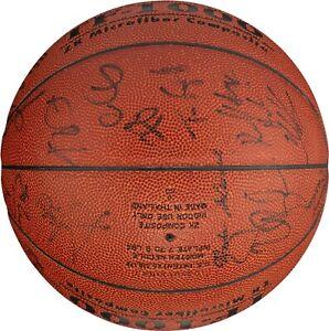 Tim Duncan Kevin Garnett 1999 Team USA Olympics Signed Basketball 19 Sig PSA DNA