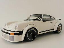 MINICHAMPS 1/12 SCALE 1976 PORSCHE 934 WHITE DIECAST MODEL CAR