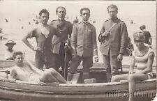 ** TERRACINA - Fotocartolina - Militari in divisa su barca in spiaggia 1921