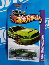 Hot Wheels 2013 Showroom Asphalt Assault #155 10 Ford Shelby GT500 Supersnake
