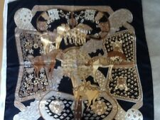 Hermes scarf silck 34 inches with bocklet