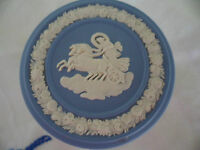 VINTAGE 1980 BLUE WHITE JASPER WARE WEDGWOOD TRINKET JEWELLERY BOX WEDGEWOOD