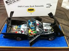 DANBURY Comme neuf 1960 s Comic Book Batmobile 1/24