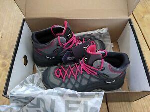 Salewa Wild Hiker Mid GORE-TEX Hiking Boots Grey Women EUR 38 Uk 5
