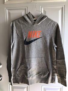 Vintage Nike Sweatshirt Hoodie W/Front Logo Gray Large Sz. (14-16) Youth .