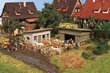 Vollmer N Scale Petting Zoo Kit With Animals #7721