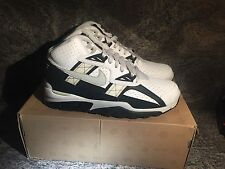 NIKE AIR TRAINER SC HIGH NFL OAKLAND RAIDERS 542054-123 White/FLD Silver Size 9
