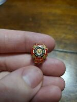 Vintage VFW Veterans of Foreign Wars 35 Year Member Award Pin