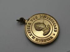 Alte vergoldete Medaille tragbar DEUTSCHER KRIEGERBUND Kaiser Wilhelm II (27116)