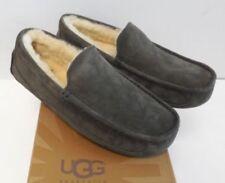 New Ugg Ascot Charcoal Moccasin Slipper Sz 7 Mens ❤️☃️❤️fits Women Sz 9