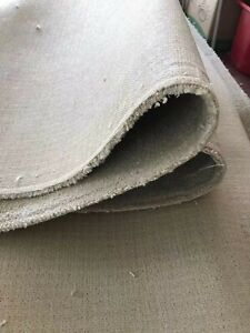 Used carpet like new twist pile with underlay,total 70m2 sizes in description