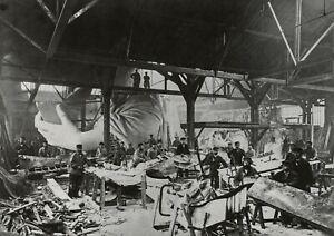 ALBERT FERNIQUE - Constructing the Statue of Liberty, 1880 - Photo Litho