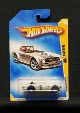 Hot Wheels 2009 New Models Triumph TR6 #033