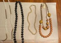 4 LOVELY VINTAGE NECKLACES LOT 3 Pearls Bijoux  Tekner  Beads Gold tones