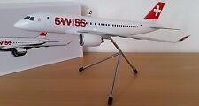 SWISS International Air Line BOMBARDIER CS100 Corp. Modell, 1:100! NEU