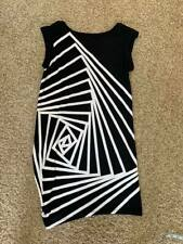 Beautiful BCBGeneration Black and White Dress size XS, Used excellent
