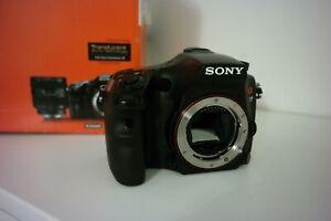 Sony SLT A77VQ 24.3Mp. Noir - Parfait état.