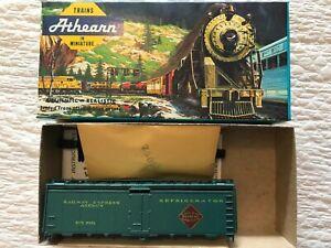 Athearn Railway Express Agency #6101 40ft. Box Car NIB
