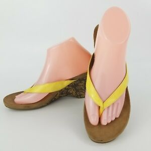 Style & Co Women's Yellow Thong Wedge Cork Sandals Slip On Chicklet Size 9