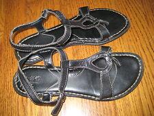born BOC Black Leather Sandals Shoes Womens 8 39