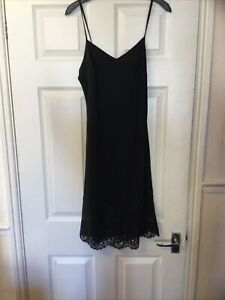Ladies Full Lenght Black Slip Size 12 The white company .