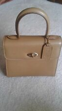 Vintage coach collectors gold color.. Madison purse # 4413 made in Italy EUC..