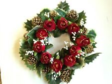CHRISTMAS WREATH DECORATION/DOOR/TABLE CENTRE XMAS RED ROSES GOLD CONES & GYP