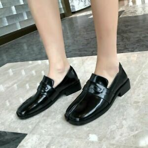 2021 New Womens Leather Tabi Split Toe Slip On Court Shoes Loafers
