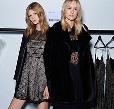 Zara Woman Kleid s 36 M 38 spitze schwarz Nude Rückenausschnitt V-ausschnitt
