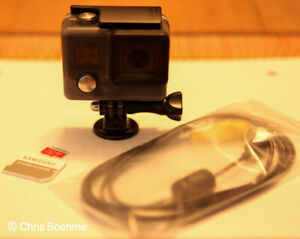 GoPro hero CHDHA-301 Action Camcorder (Gray) with Video Cable GREAT CONDITION