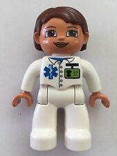 *NEW* Lego DUPLO Female MEDIC WHITE Top WHITE Legs NAME TAG Brown Eyes