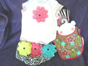 Darling Cach Cach Baby Girl Flower Outfitt-shirt & Rumba Pants + Bib