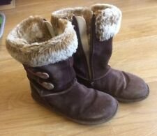 girls suede fake fur boots size 12.5 (31)