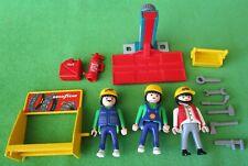 PLAYMOBIL 3992 BIKE SHOP REPLACEMENT PARTS & 3 KLICKY FIGURES- TIRE RACK, LIFT++