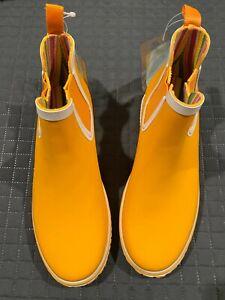 Tretorn Outdoor Ankle Rain Boots -  Size 6 - Waterproof