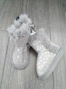 BNWT PRIMARK GIRLS BOOTS SIZE INFANT 4