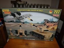 BEST-LOCK MILITARY, MILITARY SET WITH 3 FIGURES, 197 PIECES, NEW IN BOX, 2014