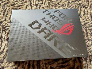 """ASUS Strix Scar 17 G733QS-XS98Q - 17.3"""" QHD 165hz, RTX 3080, AMD Ryzen 9 5900HX"""