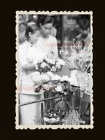 1940s Women Lady Flower Market Street Scene 香港旧照片 Vintage Hong Kong Photo #1833