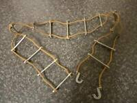 VINTAGE PALITOY ACTION MAN ROPE LADDER WITH HOOKS VERY GOOD CONDITION FOR AGE
