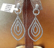 18k White Gold Diamond Drop Earrings with 2.00cts.TW.VVS2 Clarity .F. Color
