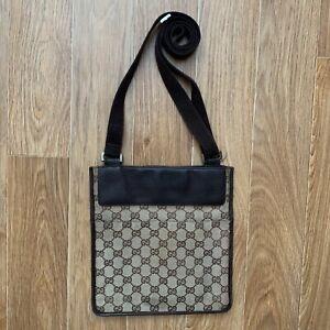 Vintage Gucci Canvas GG monogram Shoulder Bag Authentic Messenger