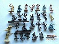 Soldaten Riot Police Hund Hundeführer Plastik Figuren??28 Stck.2,2 2,5 cm